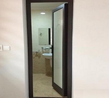 cửa phòng tắm nhôm Xingfa